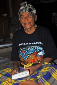 September: traveled to Bali and got to meet Ketut Liyer - the medicine man made famous by the book/film Eat, Pray, Love.